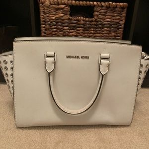 White leather Michael Kors bag